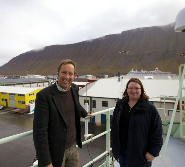 Mirjam Gessmer and Peter Weiss on the bridge of Research Vessel Knorr. The University Centre of the Westfjords in the background. Picture: Sindre Skrede