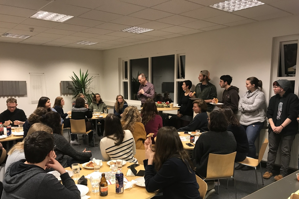 Newly appointed Icelandic Minister of Environment and Natural Resources Guðmundur Ingi Guðbrandsson met up with our students for an informal chat last week. What a great night!