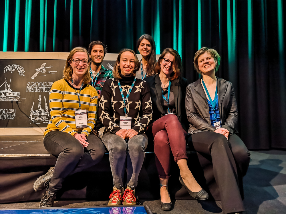 Coastal Studies students and instructor at Arctic Frontiers. From the left: Adriana Neeltje de Vries, Ignacio Baena Vega, Madeleine Purver, Alexandra Stocker, Zoe Walker and instructor Pernilla Carlsson.
