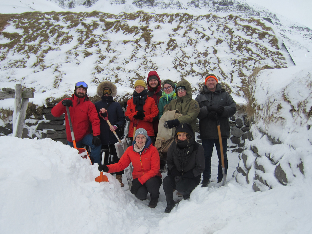 Ósvör Maritime museum in Bolungarvík. Students in the class Maritime Anthropology students, instructor Lara Hogg and masters program coordinator Astrid Fehling. The shovels came in handy as the group had to dig through the snow to get in.