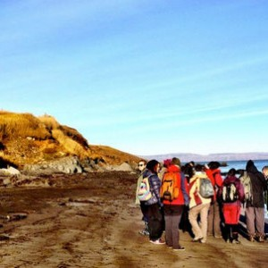 On a field trip during the course Coastal and Marine Ecology. Photo: Chelsea Boaler.